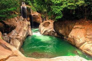 Air-Terjun-Nyarai-Lubuk-Alung-Pariaman-Sumatera-Barat1